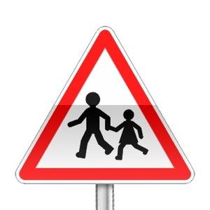 Panneau de danger annonçant un endroit fréquenté par les enfants