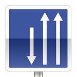 Créneau de dépassement à trois voies affectées: deux voies dans un sens et une voie dans l'autre