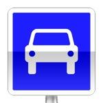 Route à accès réglementé. Ce signal annonce le début d'une section de route autre qu'une autoroute, réservée à la circulation automobile sur laquelle, sauf indication contraire, la vitesse maximale des véhicules est fixée à 110 km/h