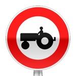 Panneau d'interdiction d'accès aux véhicules agricoles à moteur
