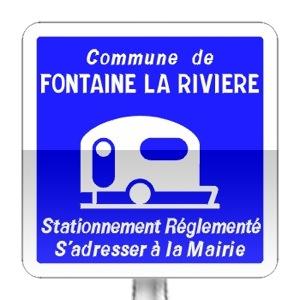 Panneau d'indication de stationnement réglementé pour les caravanes et autocaravanes