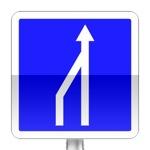 Panneau d'indication de réduction du nombre de voies sur une route à chaussées séparées ou sur un créneau de dépassement à chaussées séparées