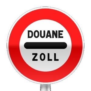 Panneau d'interdiction, arrêt au poste de douane