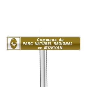 Panneaux de localisation d'une commune appartenant à un parc naturel régional, à une réserve naturelle ou à une zone du Conservatoire du littoral et des rivages lacustres.