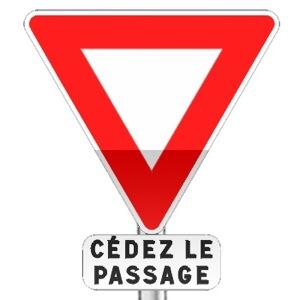 Panneau de priorité, signal de position, céder le passage à l'intersection